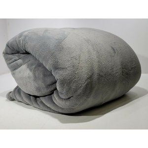 Ultra Soft 100% Polyester Solid Gray King Blanket